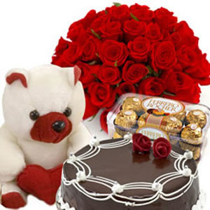 Box of 16 pieces Ferrero Rocher 12 Roses 1/2 kg Cake and Teddy