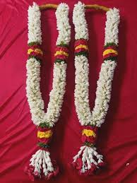 Bride and Groom Rajnigandha garlands