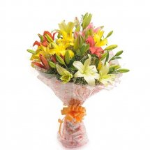 Mixed colour lilies bouquet
