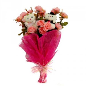 2 Teddies (6 inches) 8 pink roses in the same bouquet