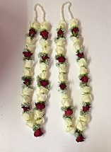 2 Fresh Roses Garlands for Bride & Groom